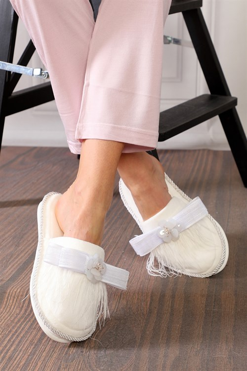 Abelia Ecru Maternity Nursing Slipper