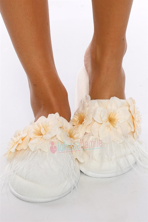 LH12032 Ecru Flower Feathered Maternity Nursing Slipper